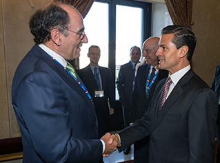Ignacio Galán felicitó al presidente Peña Nieto por los avances en materia energética durante su encuentro en Madrid.