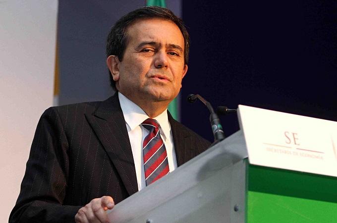 La Secretaría de Economía a cargo de lldefonso Guajardo no inició el proceso para cancelar a 2,884 concesionarios mineros que no pagaron sus impuestos en 2015.