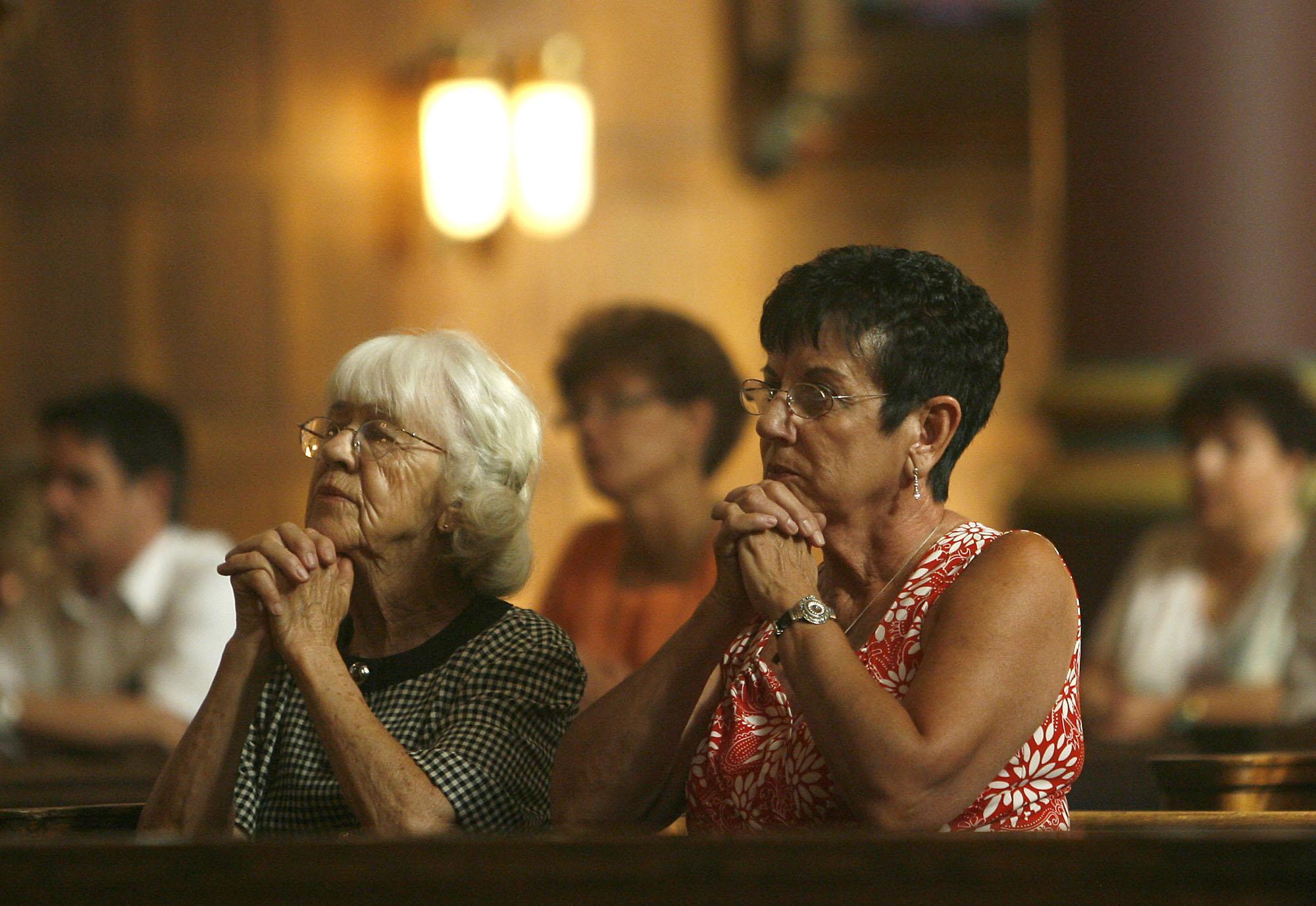 Una encuesta revela que la religiosidad no va de la mano de la tolerancia.