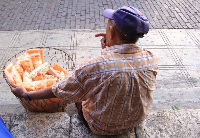 Un pensionado del IMSS no puede volver a las filas de los trabajadores sin decirle adiós a su pensión.