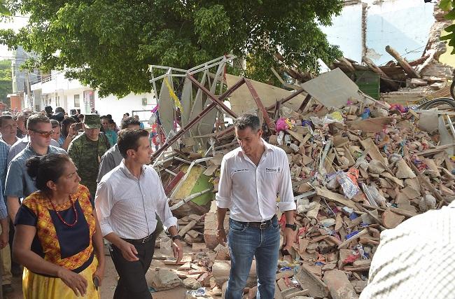 Dinero hay, pero la burocracia del Fonden retardará su aplicación para la reconstrucción de más de 150 mil viviendas afectadas.