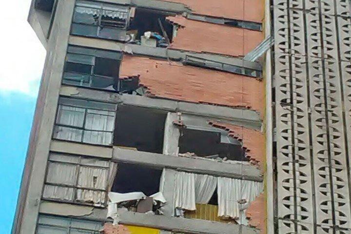 Más de mil 500 edificios deberán ser demolidos debido al riesgo que representan.