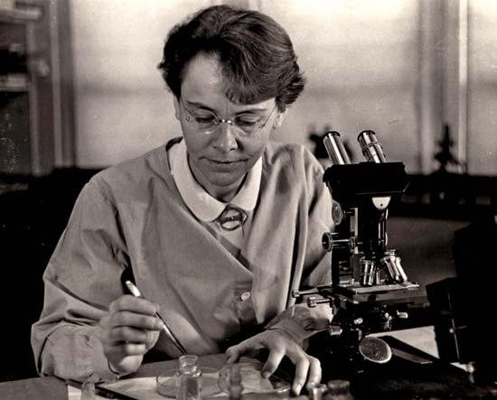 El machismo no pasa desapercibido en los premios Nobel en las áreas de química, física y medicina; pocas son las mujeres que lo han ganado.