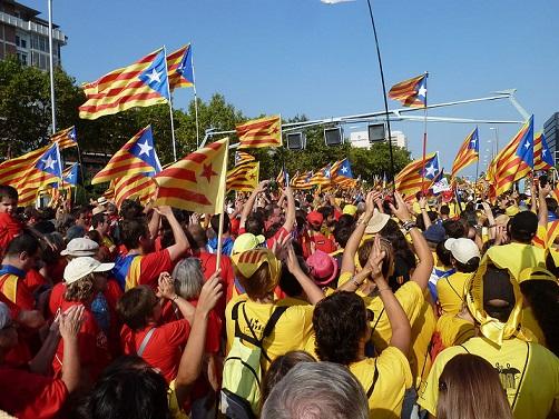 La separación de Catalauña de España ha provocado que empresas salgan de la región ante la posible crisis económica que podrían enfrentar.