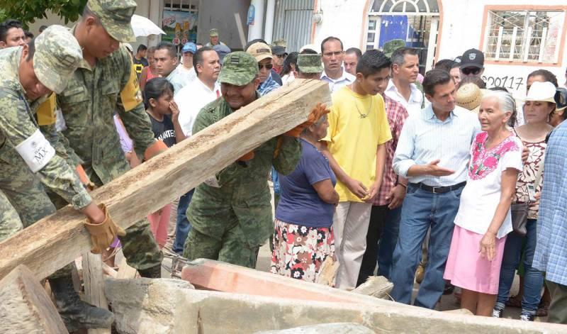 Recorrido del Presidente por las entidades afectadas por los sismos de 2017