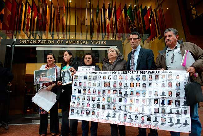 La Federación Internacional de los Derechos Humanos hizo dos de las denuncias contra el gobierno mexicano