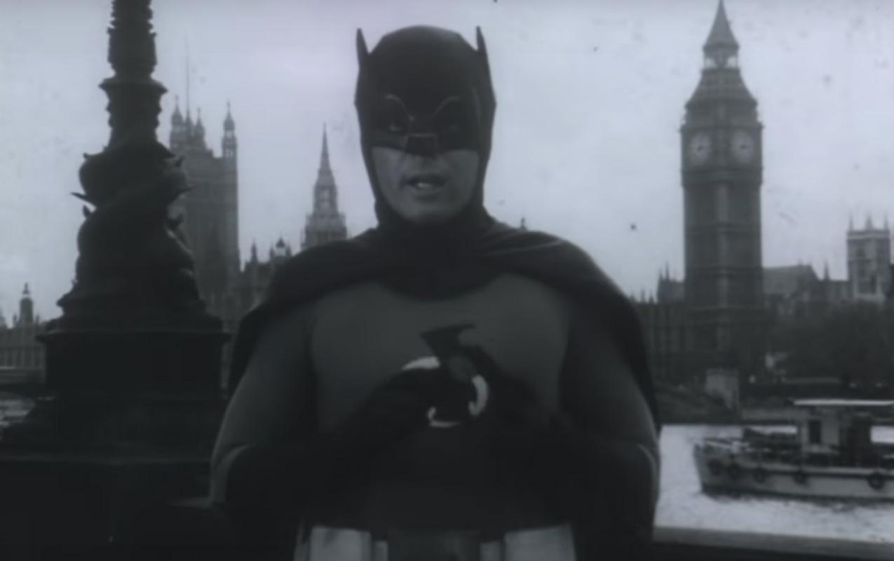 Foto: Adam West como Batman/Captura de Pantalla
