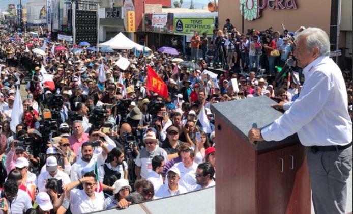 El candidato de la coalición Juntos haremos historia, AMLO, sin querer llamó al voto nulo al invitar al sufragio en coalición en una entidad donde no la hay.
