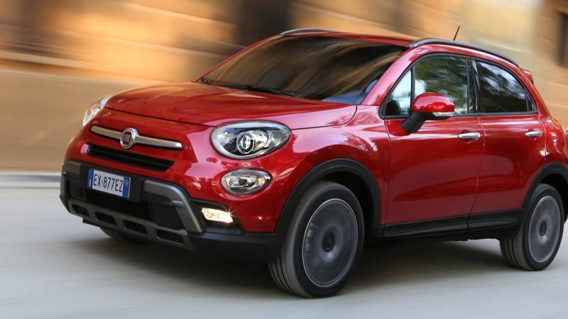 Trabajadores en Fiat se van a Huelga porque dueños prefieren invertir milliones en un jugador que en sus propios empleados.