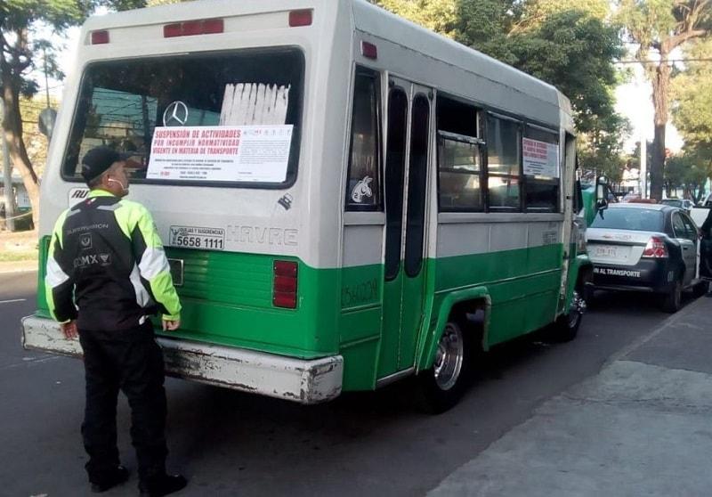 Tres de cada cuatro viajes que se realizan en la Zona Metropolitana de la Ciudad de México se hacen a través de una combi o microbús.