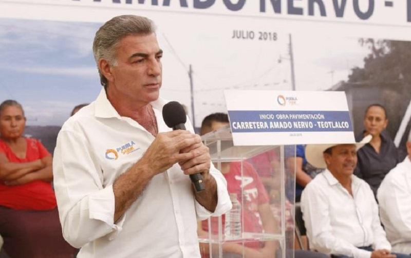 Las pérdidas que ocasiona el robo de hidrocarburos para el país se calculan en 50 mil millones de pesos, según el gobernador de Puebla, Tony Gali.