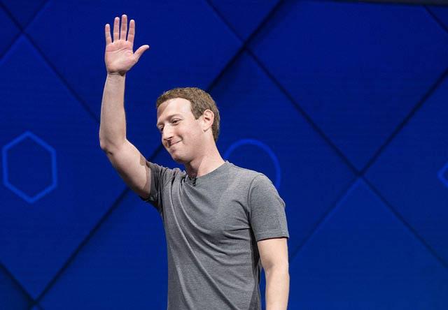 Mark Zuckerberg lleva varios años trabajando en que Facebook sea el centro de internet. Foto: Anthony Quintano