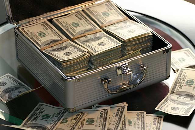 Al 31 de julio la tenencia de bonos mexicanos en manos de extranjeros se ubicó en 2.15 billones de pesos, dato que representa 115 mil 467 mdd