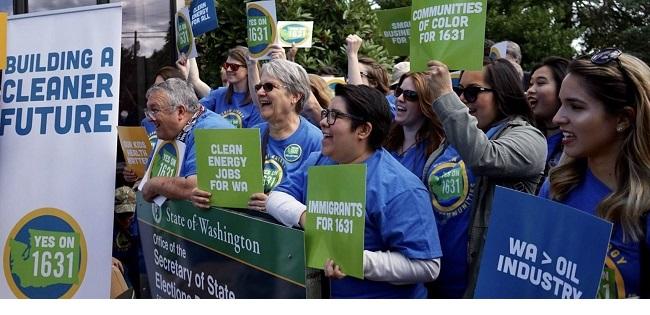 Activistas de Seattle en Washington, haciendo campaña por mayores impuestos en pro del medioambiente.