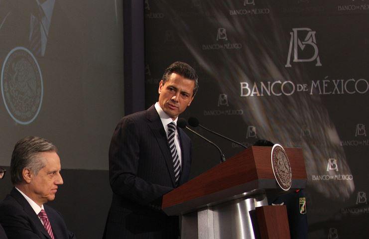 La junta de gobierno del Banco Central tiene salarios similares al del presidente Enrique Peña Nieto.
