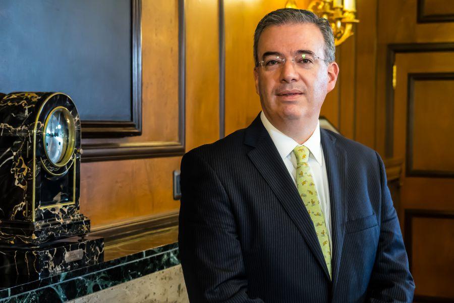 Alejandro Díaz de León es el gobernador del Banco de México desde el 1 de diciembre de 2017
