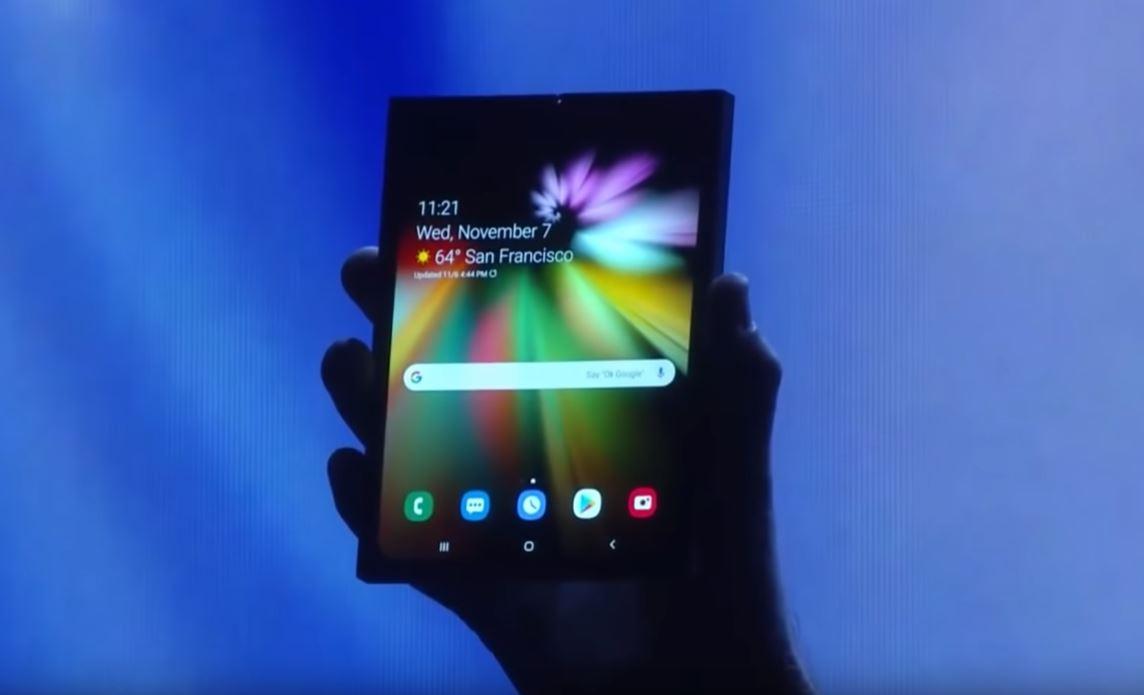 Huawei y Apple también planean entrar a la carrera de los teléfonos plegables (Foto: Tom Warren)
