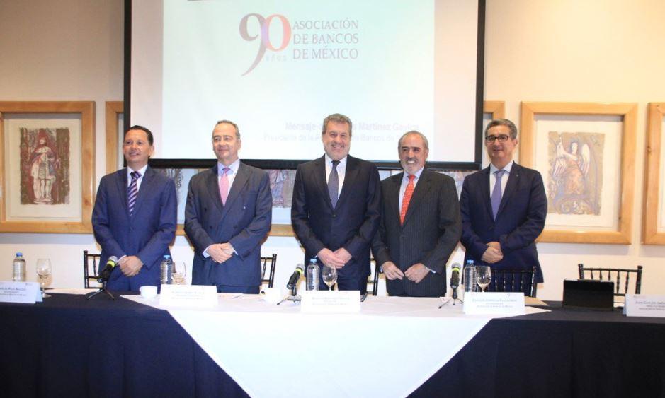 Directivos de la Asociación de Bancos de México.