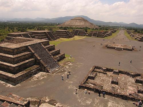 Teotihuacán, vista desde la Pirámide de la Luna (Foto: flickr wnhsl).