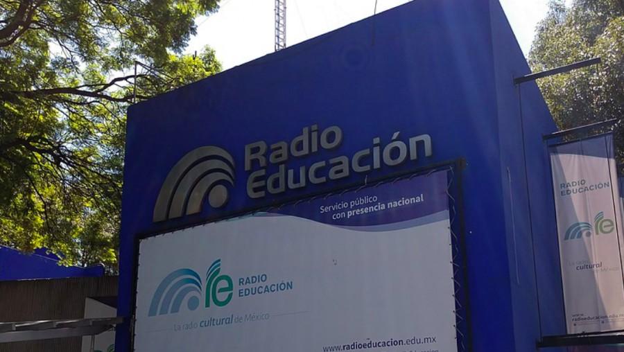 La reforma de telecomunicaciones del 2014 creó el Sistema de Radiodifusión del Estado Mexicano (SPR).