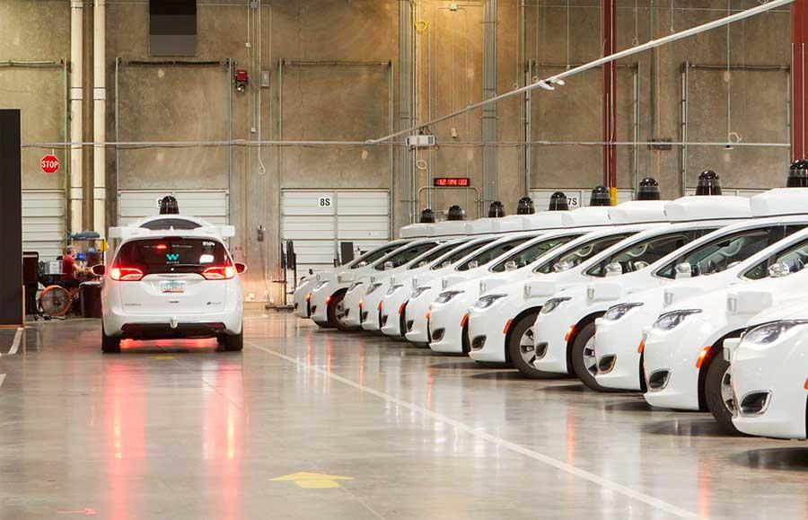 Waymo ya cuenta con programas de prueba para sus vehículos autónomos en 25 ciudades de Estados Unidos (Foto:@Waymo)