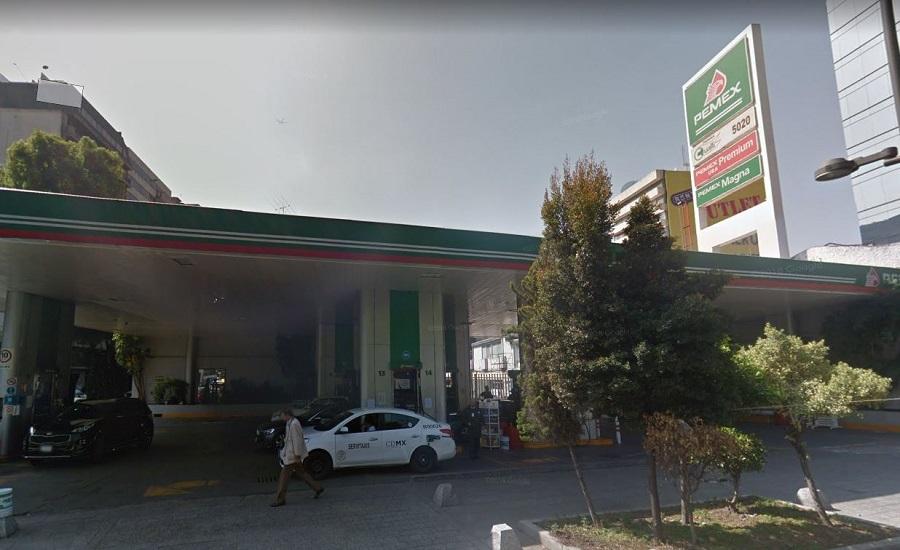 En su primera semana al mando, Obrador y la Secretaría de Hacienda mantuvieron sin estímulo fiscal la gasolina magna y premium.