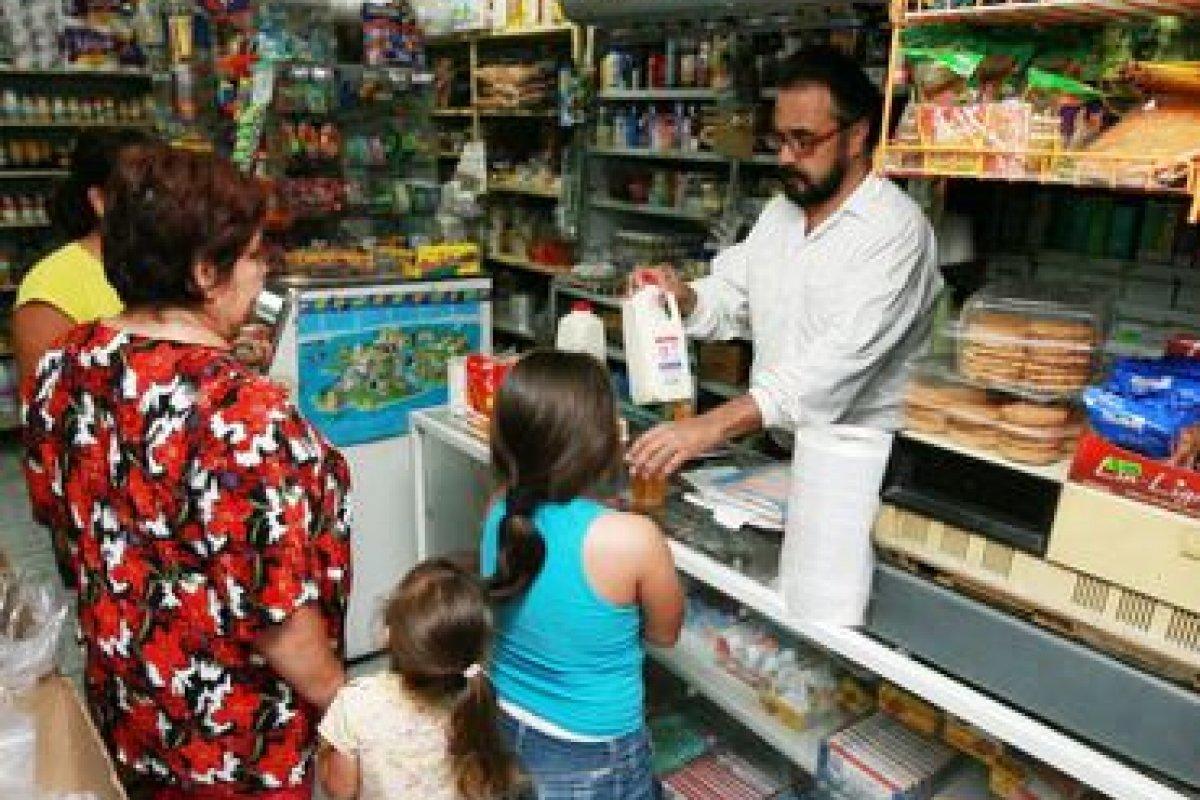 El consumidor está migrando hacia los supermercados debido a menores costos de los productos de alto contenido calórico.