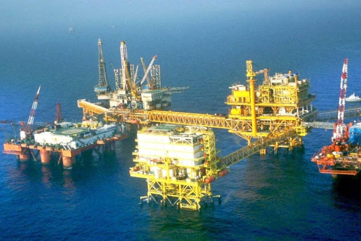 Estos 4 yacimientos están ubicados en el Litoral de Tabasco y en la Sonda de Campeche, se estima que sus reservas de crudo alcanzan los 350 millones de barriles.