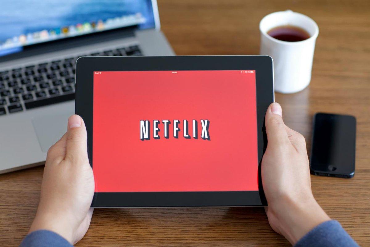 """""""No veo por qué, en 10 o 20 años, cada hogar estadounidense no se suscribiría a Netflix, excepto quizá por la competencia"""", dijo Hastings. """"Debemos estar alertas""""."""