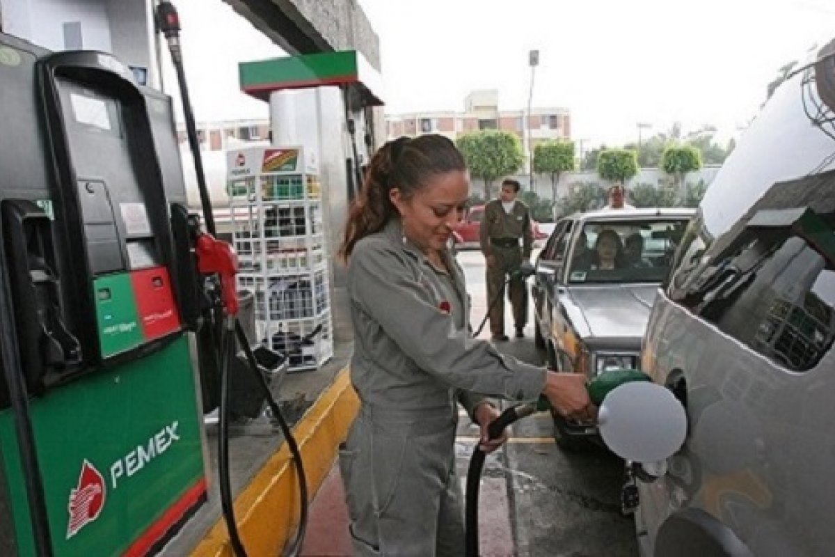 A partir del 18 de febrero, la Secretaría de Hacienda determinará el costo del combustible.