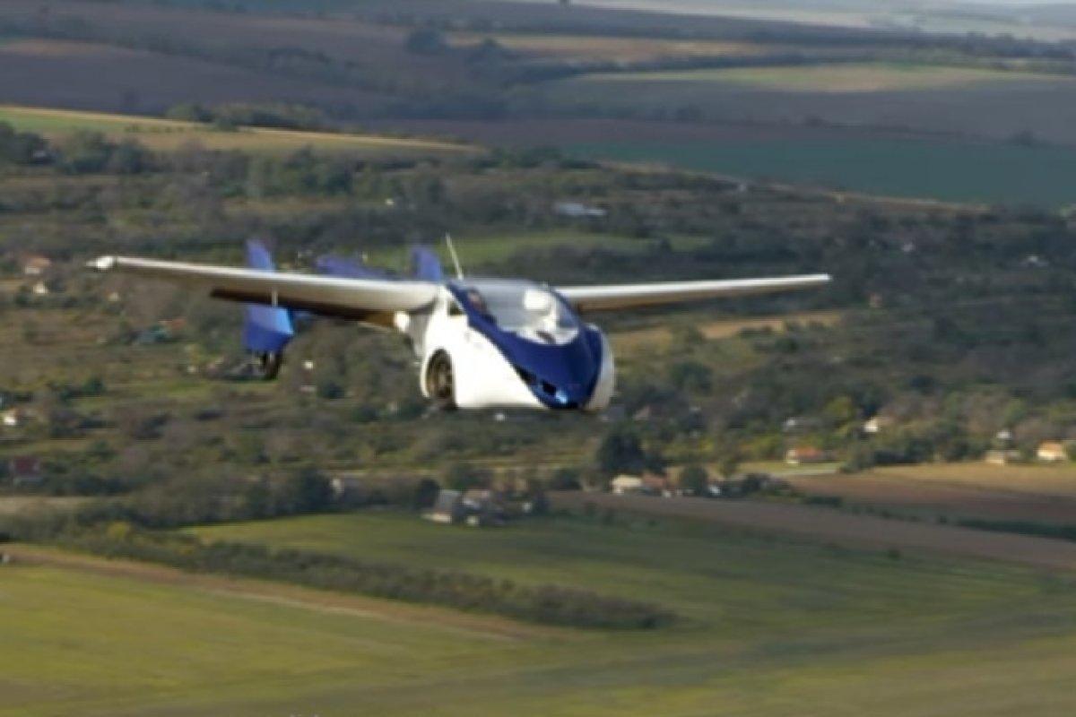 El primer auto volador tiene algunos detalles por mejorar, empezando por el precio entre 24 y 30 millones de pesos.