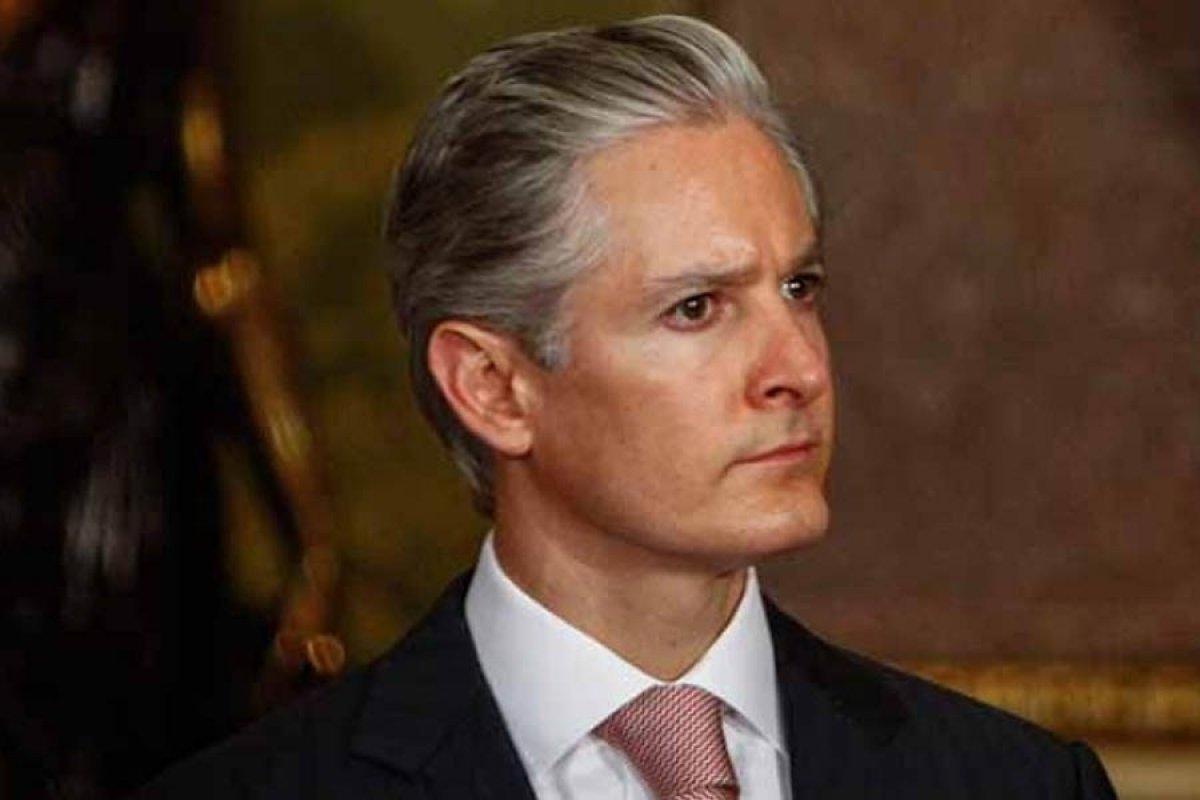 Tan solo el salario rosa ocupa el 15% del presupuesto de egresos para 2017 del Estado de México.