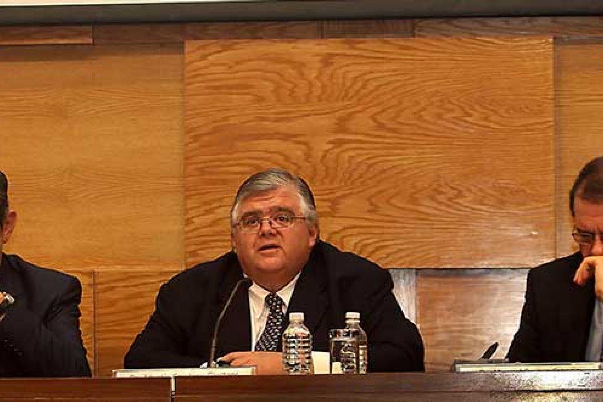 El Banco de México dio a conocer un comunicado para explicar los cuestionamientos al fuerte incremento en las cifras de turismo.