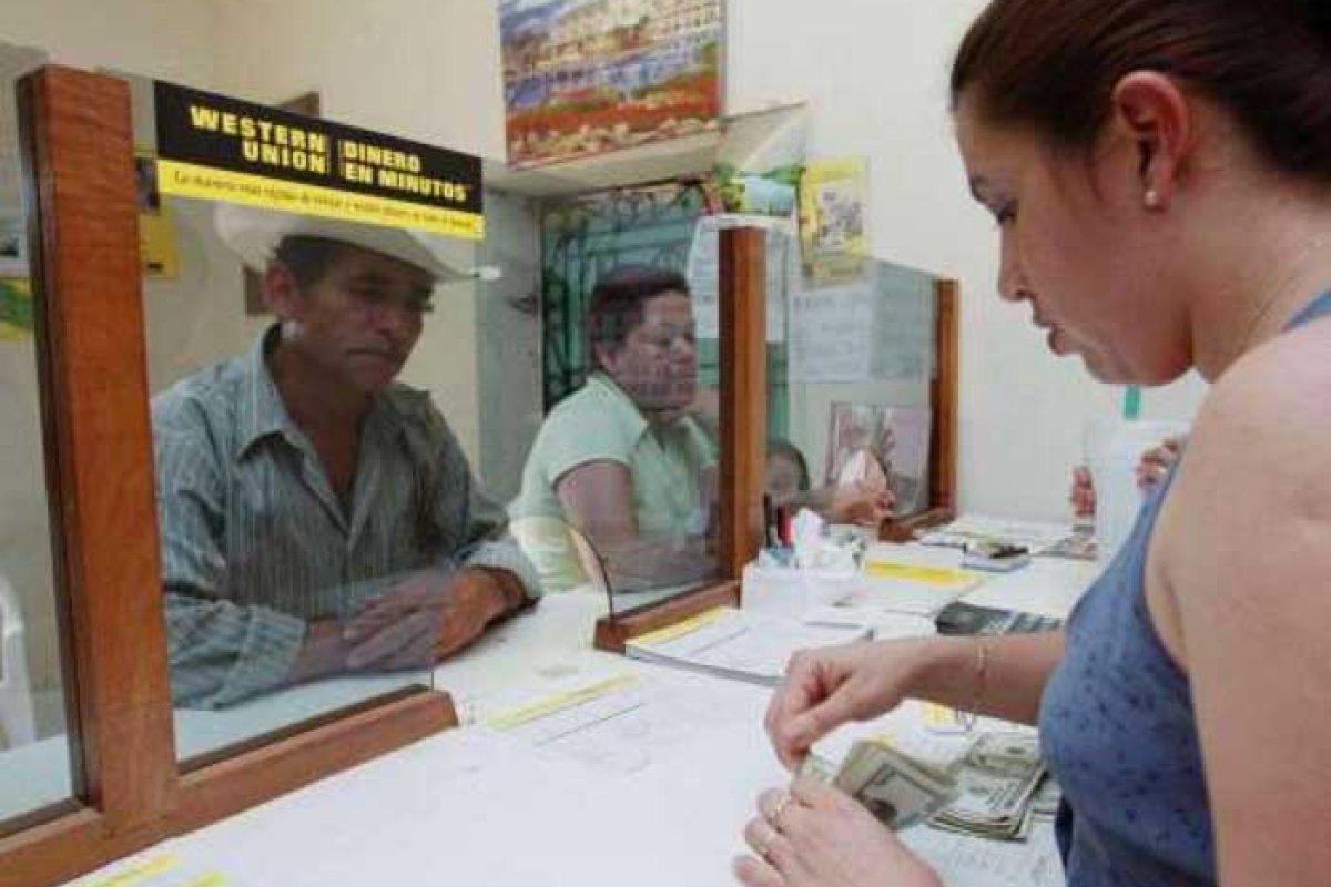 En 2016, México recibió 28,500 dólares de remesas.