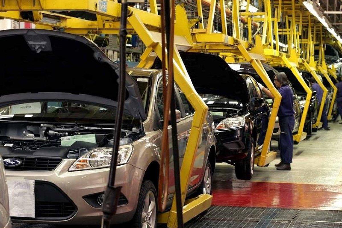 En menos de seis meses, Ford ha cancelado dos planes de inversión en México.