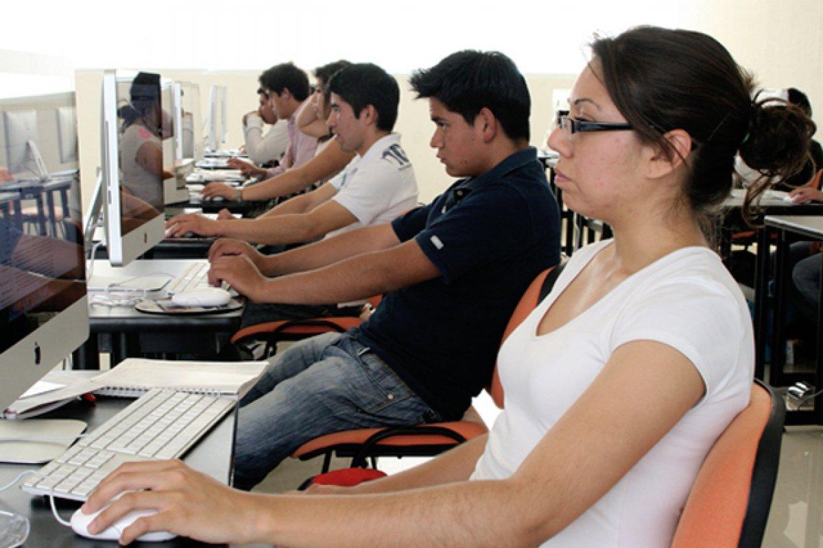 Las clases en línea no son  de menor calidad que las presenciales, pero están diseñadas para perfiles de estudiantes muy específicos.