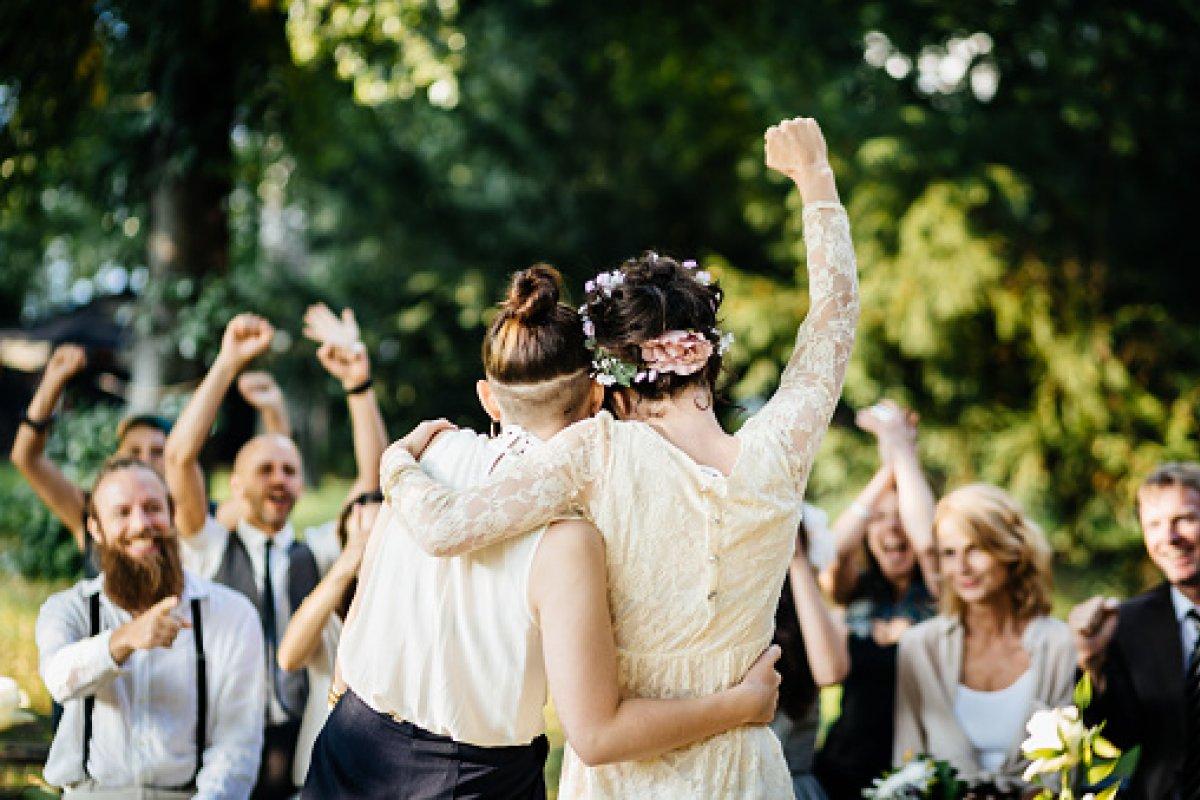 Hoy, el matrimonio y la familia es un derecho para todos los alemanes, sin distinción.