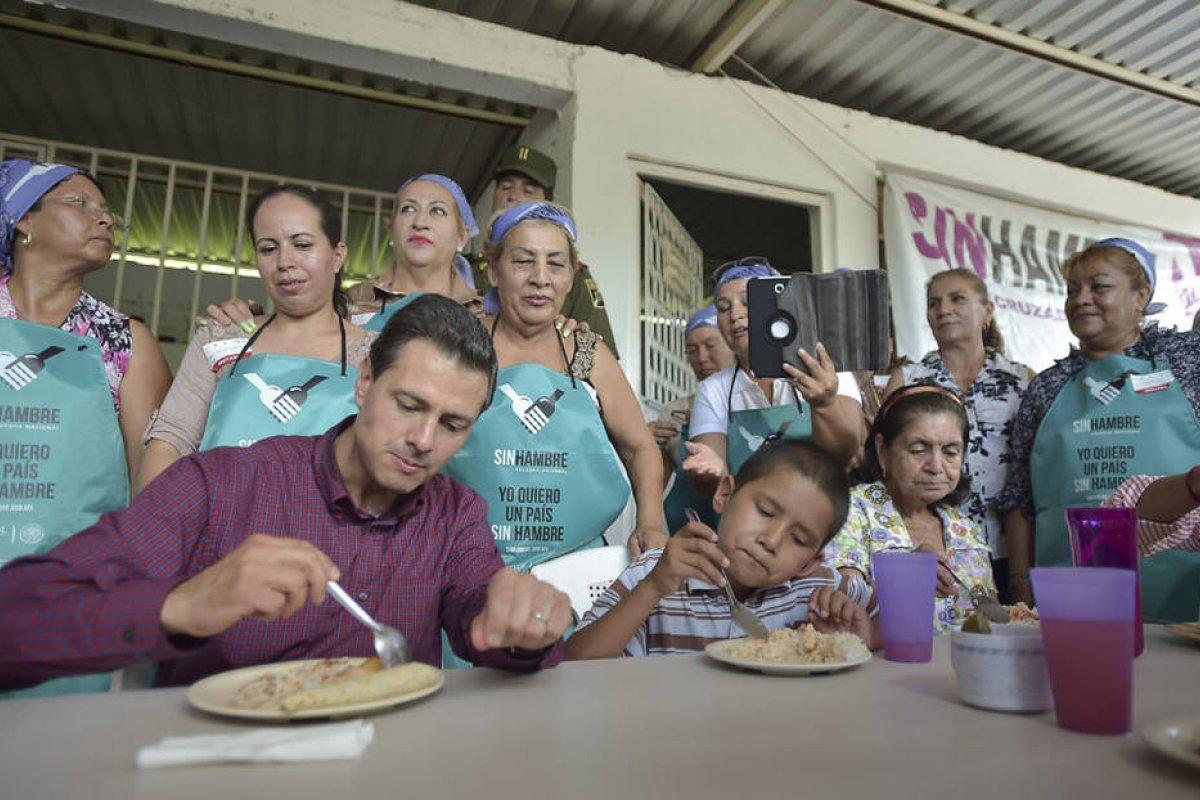 La pobreza alimentaria aumentó desde 2012 y el valor de la canasta básica de alimentos también.