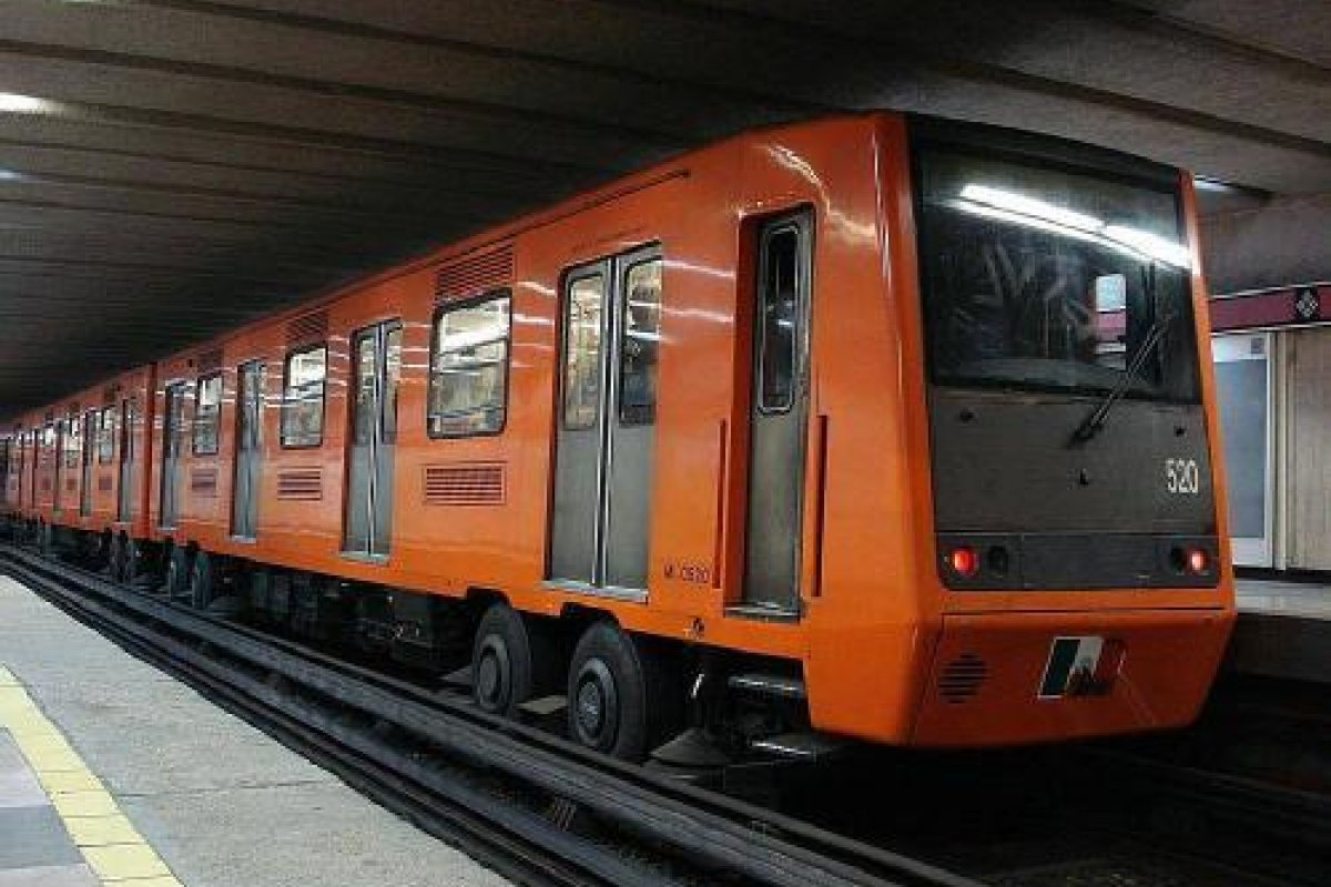 El Metro sigue dando de que hablar con las fallas que cada vez son más graves.