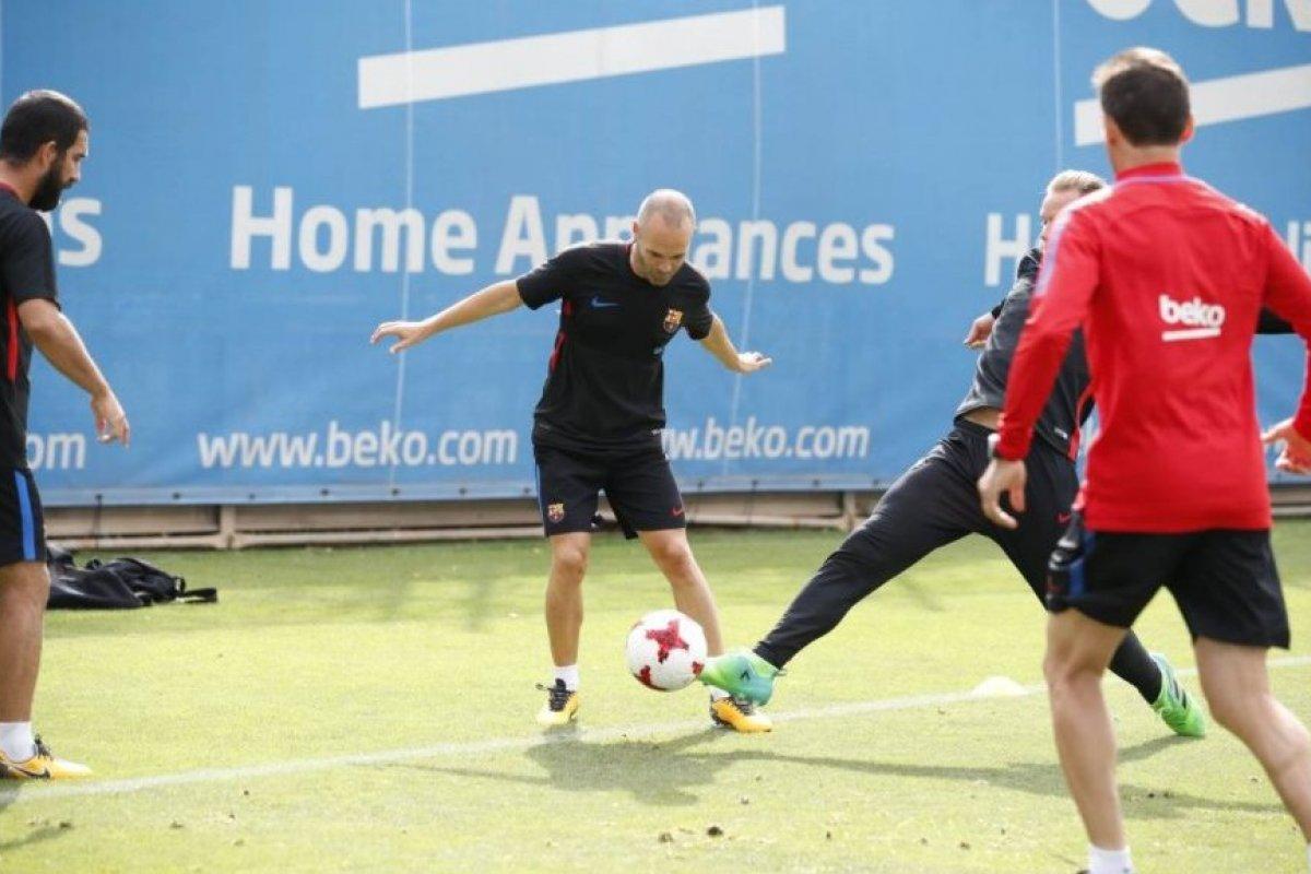 Barcelona y Real Madrid se enfrentan en la Supercopa de España