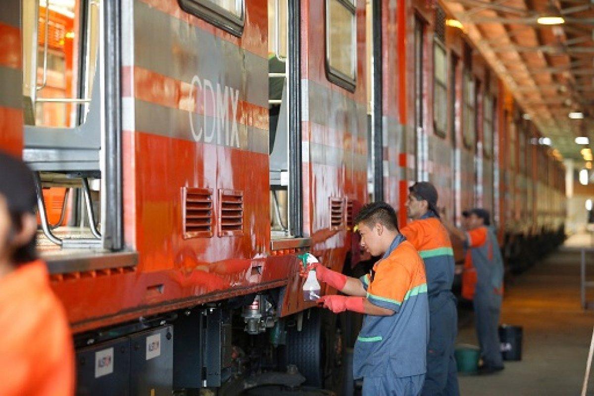 Los trabajadores sindicalizados del metro son premiados hasta por realizar adecuadamente su trabajo y aún así este transporte sufre deficiencias bastante considerables. (Foto: La Jornada)
