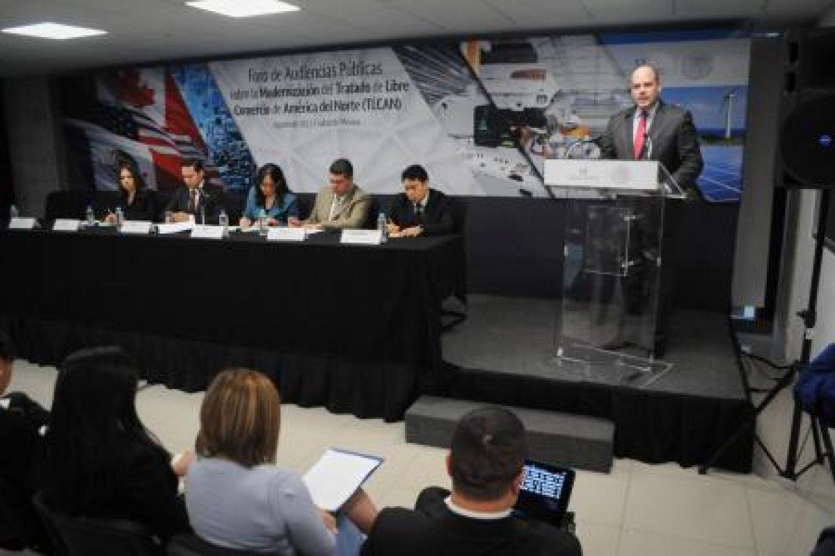 La renegociación del TLCAN ha comenzado y los mexicanos no creen obtener buenos resultados. (Foto: El Financiero)