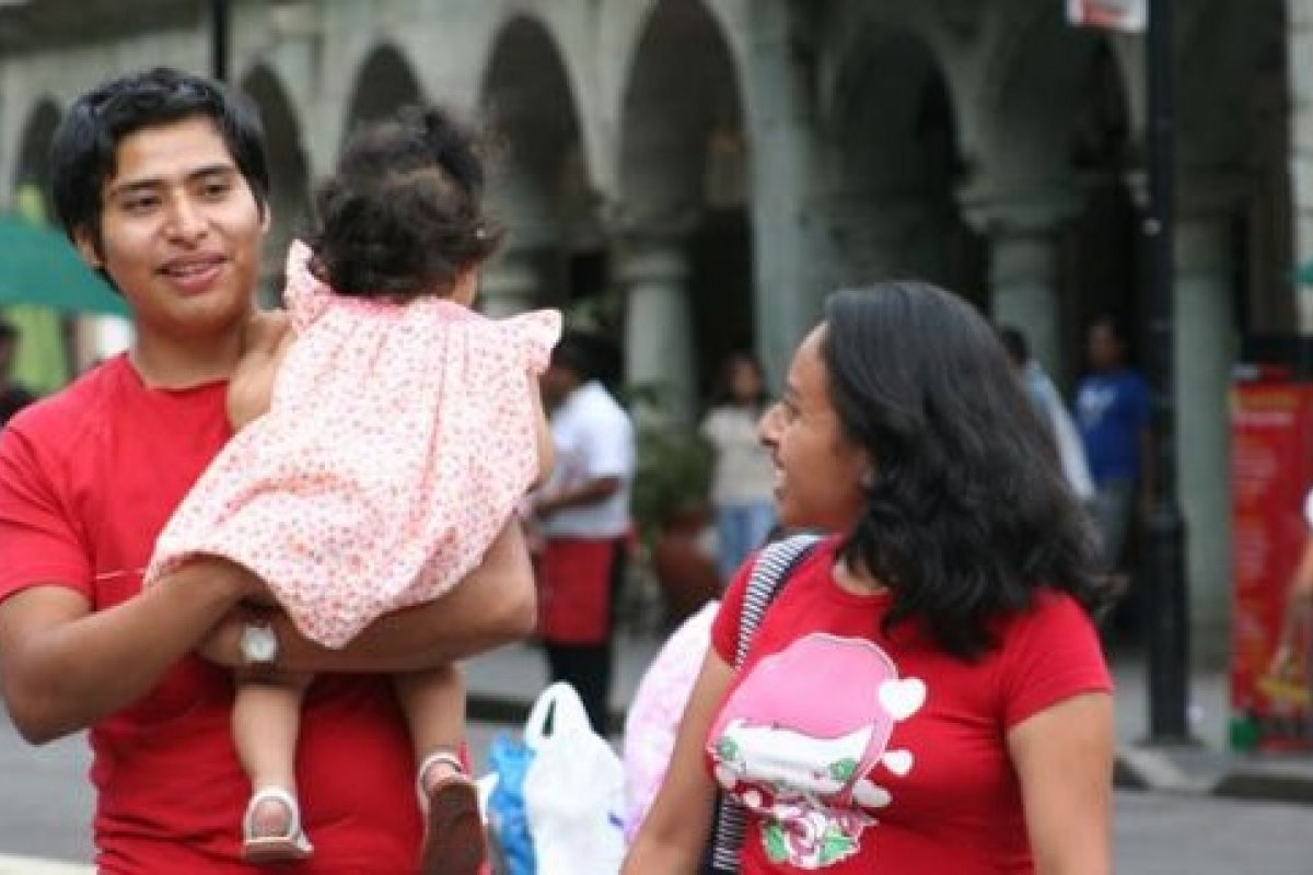 Después de pagar comida y transporte, las familias oaxaqueñas se quedan con 3 mil 600 pesos mensuales para el resto de sus gastos.