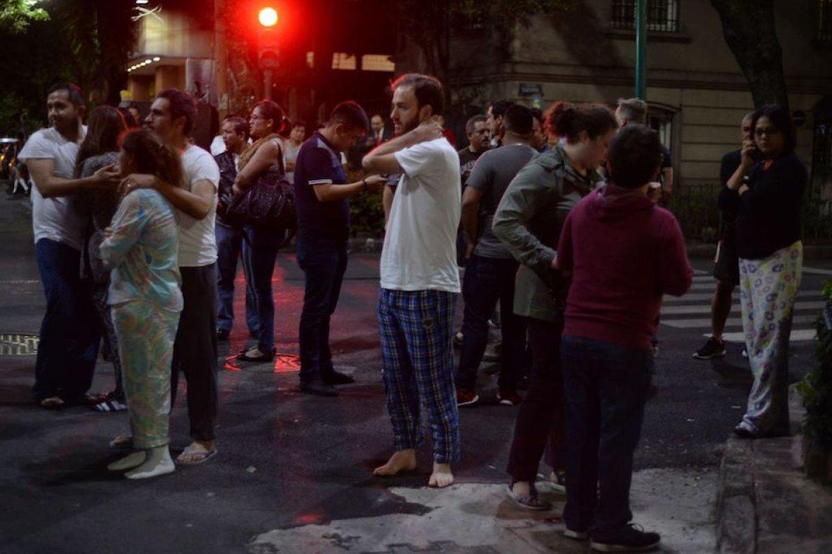 En la Ciudad de México, la población salió de sus domicilios; la alerta sísmica funcionó.