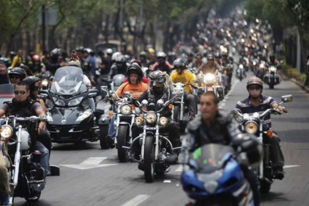 Organizaciones de motociclistas están en contra de tener que pasar la verificación vehicular.