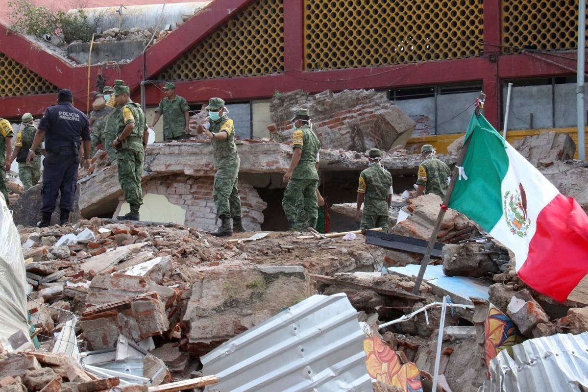 Los dos sismos dejaron afectaciones en al menos siete estados.