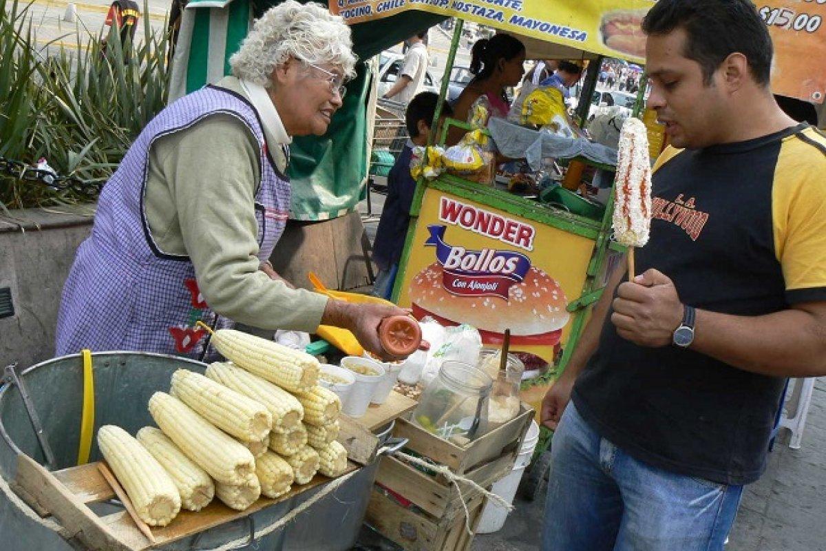 Si no modifican sus hábitos alimenticios los hijos del maíz podrían convertirse en los hijos de la diabetes.