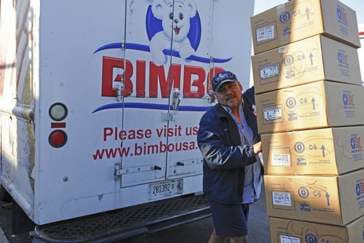 Bimbo al igual que otras empresas se retira de Barcelona ante los posibles problemas económicos y comerciales.