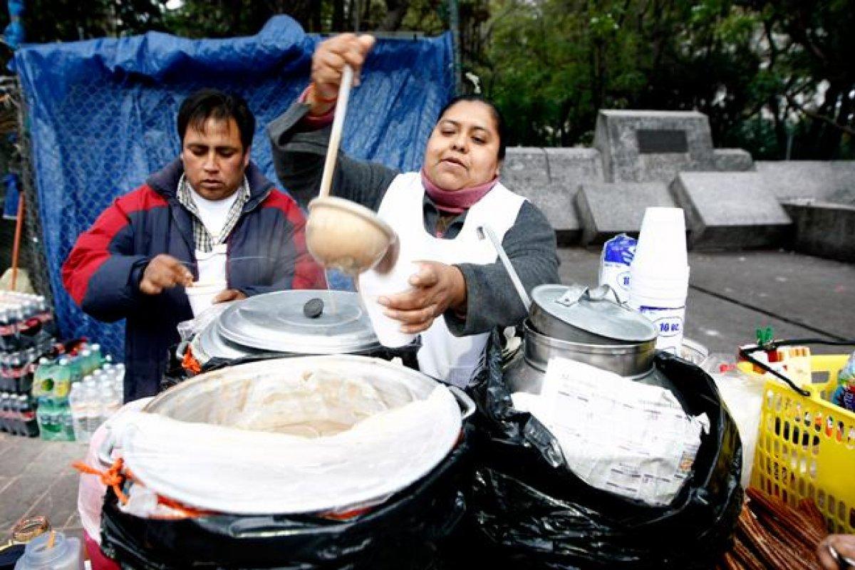 Mientras en México no se logre un aumento al salario por lo menos acorde con la tasa de inflación, los trabajadores más vulnerables serán quienes continúen empobreciendo sus salarios.