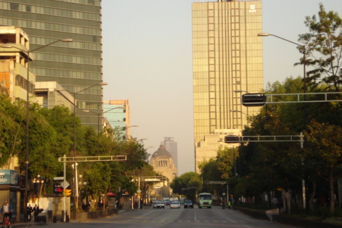 Hoy No Circula, 7 de diciembre. Foto: Avenida Cuauhtémoc/Wikimedia